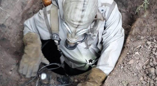 В Запорожской области в выгребной яме погибло два человека