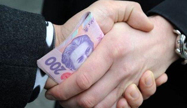 Подполковник ВСУ из Запорожья требовал от своего подчиненного взятку 6 тыс.гривен (фото)