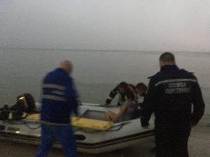 В Запорожской области личный состав ГСЧС спас семью, застрявшую на Ивановских островах