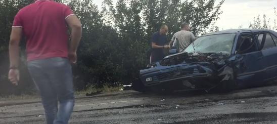 В 20 км от Запорожья — ДТП: четверо пострадавших (Видео)
