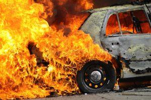В Запорожской области горел автомобиль