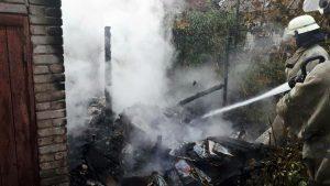 У Запоріжжі на пожежі постраждала пенсіонерка (фото)
