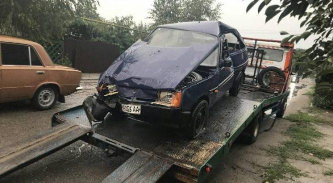У Запоріжжі п'яний водій спровокував аварію (фото)