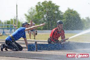 Огонь, вода и пожарные рукава: В Запорожье прошел чемпионат области по пожарно-прикладному спорту