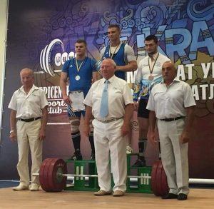 Студенты из Запорожья получили первенство на Чемпионате Украины по тяжелой атлетике