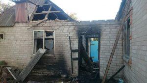 В Запорожской области горел частный дом: причиной могло стать короткое замыкание (ФОТО)