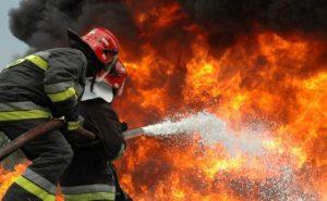 У Запорізькій області жінка врятувала сина на пожежі