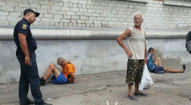 Запорожские полицейские задержали банду воров, которые «обносили» базы отдыха (Фото)