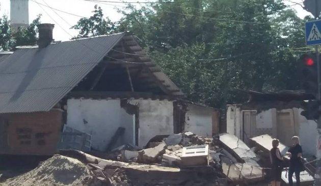 У Запоріжжі знесли один з найстаріших будинків міста (фото)
