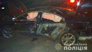ДТП в Запорожье: 19-летний водитель на легковушке врезался в электроопору (Фото)
