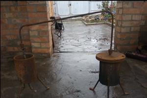 Подростки из Запорожской области изобрели установку для добычи нефти (Фото)