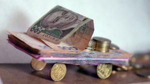 Владельцы дорогих авто пополнили казну Запорожской области на 8 млн
