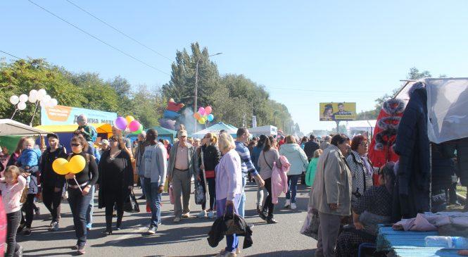 В Запорожье началась масштабная Покровская ярмарка, – ФОТОРЕПОРТАЖ