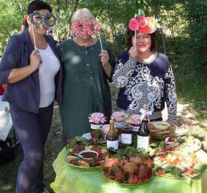 В Запорожской области провели Фестиваль счастливых ягод и открыли памятник малине (ФОТО)