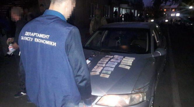 У Запоріжжі затримали банду фальшивомонетників (фото, відео)