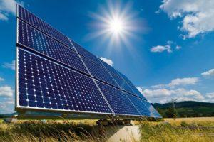 В Запорожской области вандалы добрались до солнечных батарей (Фото)