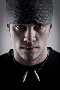 Лежал в больнице: в Запорожье нашелся парень, который пропал больше месяца назад (Фото)