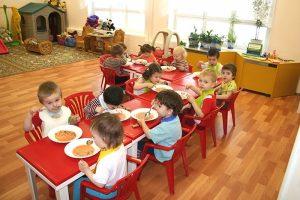 В детсадах Запорожской области детей ветеранов АТО будут кормить бесплатно