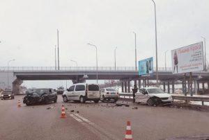 В утреннем ДТП в Запорожье пострадали три человека: подробности происшествия (Фото)