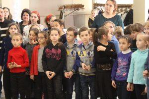 В Запорожье проходит фестиваль детского и юношеского творчества «Різдвяні вітання»
