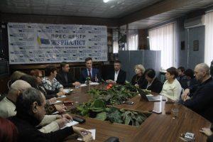 Мир, розвиток промисловості, пряме народовладдя: про що у Запоріжжі говорив Валентин Наливайченко