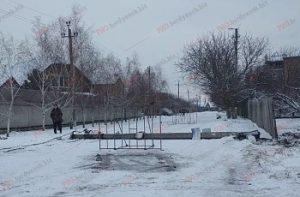 В Запорожской области иномарка врезалась в электроопору