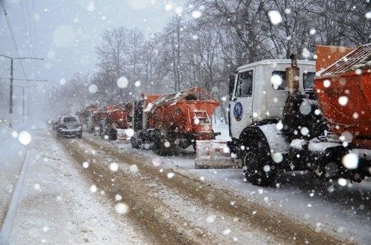 Как на дорогах Запорожской области боролись с непогодой