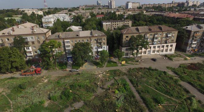 Риття котловану під ТРЦ у запорізькому сквері Яланського, про яке повідомляли активісти, сьогодні не почалося