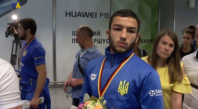 Запорожский спортсмен завоевал золото на Международном турнире по греко-римской борьбе (Фото)
