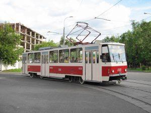 У Запоріжжі два трамвайні маршрути можуть замінити автобусами: містяни проти