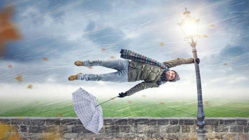 Запорожцев предупреждают о сильных порывах ветра