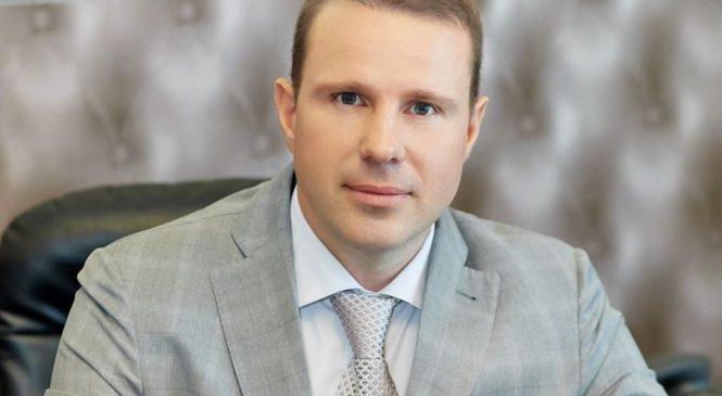 Мэр Мелитополя предложил перезагрузить власть «новыми лицами» уже на парламентских выборах