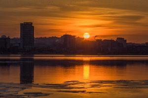 Фото дня: золотой закат над Запорожьем