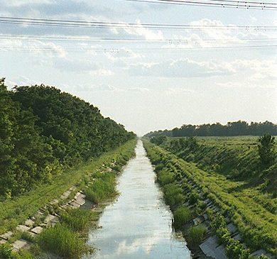 Подростки утонули в оросительном канале в Запорожской области из-за селфи