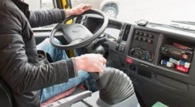 В Мелитополе пьяный пассажир пытался угнать маршрутку