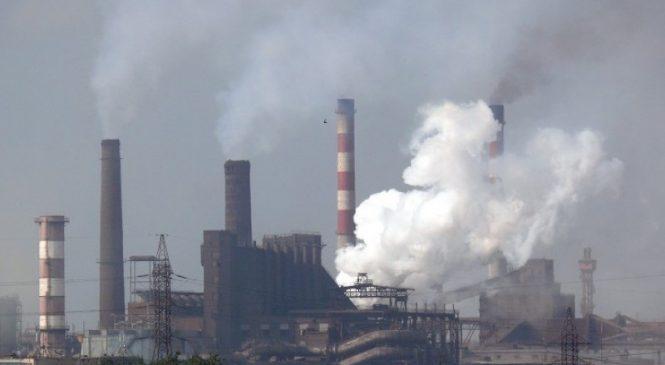Повітря у Запоріжжі забруднене пилом, фенолом і сірководнем